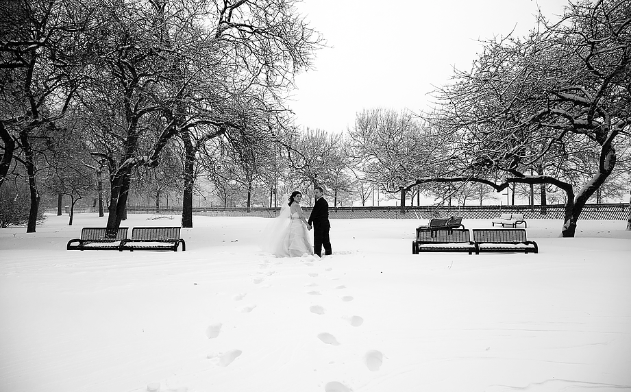 Why Summer Doesn't Mean The End of Beautiful Weddings (& Why We Are All About Winter Weddings).